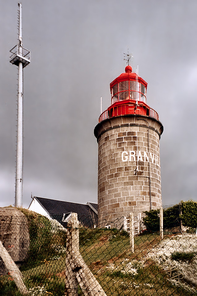 Granville 2002 - Lighthouse