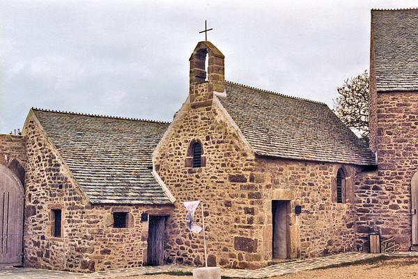 Le Cotentin 2004 - Le Manoir du Tourp - Bakery and Chapel