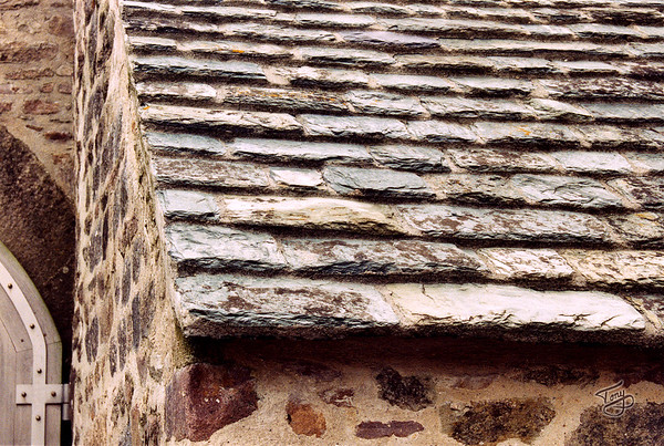 Le Cotentin 2004 - Le Manoir du Tourp - Heavy Stone Roof - to keep the roof on the house in le Cotentin's characteristic high winds