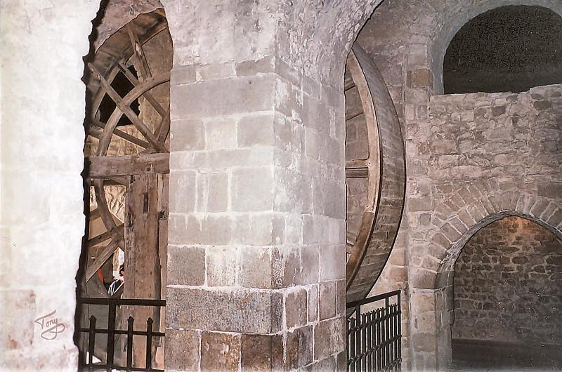 Mont-Saint-Michel 2002 - Wheel