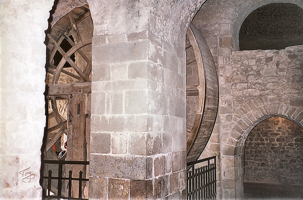 Mont-Saint-Michel 2002 - Wheel