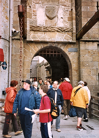 Mont-Saint-Michel 2002 - Drawbridge
