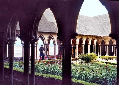 Mont-Saint-Michel 2002 - La Merveille - Cloister