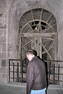 Mont-Saint-Michel 2006 - Father Mark Heads for the Treadmill