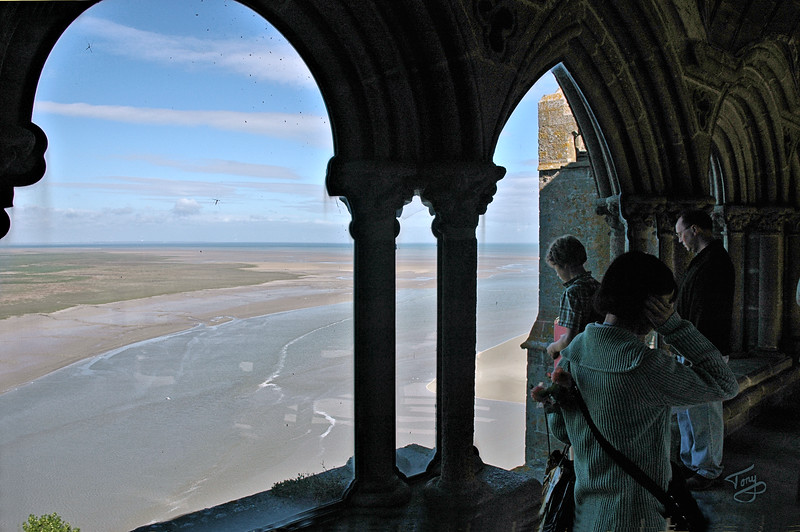 """<html>Mont-Saint-Michel 2006 <a title=""""godaddy counter"""" href=""""http://statcounter.com/godaddy_website_tonight/"""" target=""""_blank""""><img style=""""display:none;"""" src=""""http://c.statcounter.com/2514080/0/73d54fdc/0/"""" alt=""""godaddy counter""""></a></html>"""