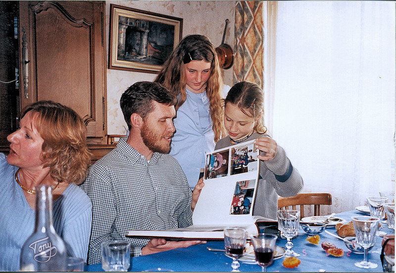 Chez Rolande 2002 - Christine, Erik, Enora, et Tiphaine