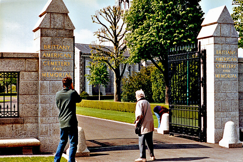 """<html>Saint-James 2002 - Brittany American Cemetery <a title=""""godaddy counter"""" href=""""http://statcounter.com/godaddy_website_tonight/"""" target=""""_blank""""><img style=""""display:none;"""" src=""""http://c.statcounter.com/2514080/0/73d54fdc/0/"""" alt=""""godaddy counter""""></a></html>"""