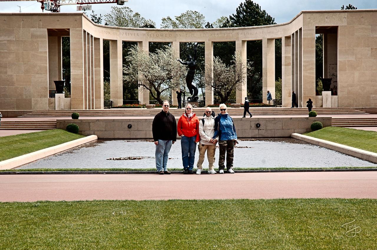 Colleville 2006 - Normandy American Cemetery - Memorial