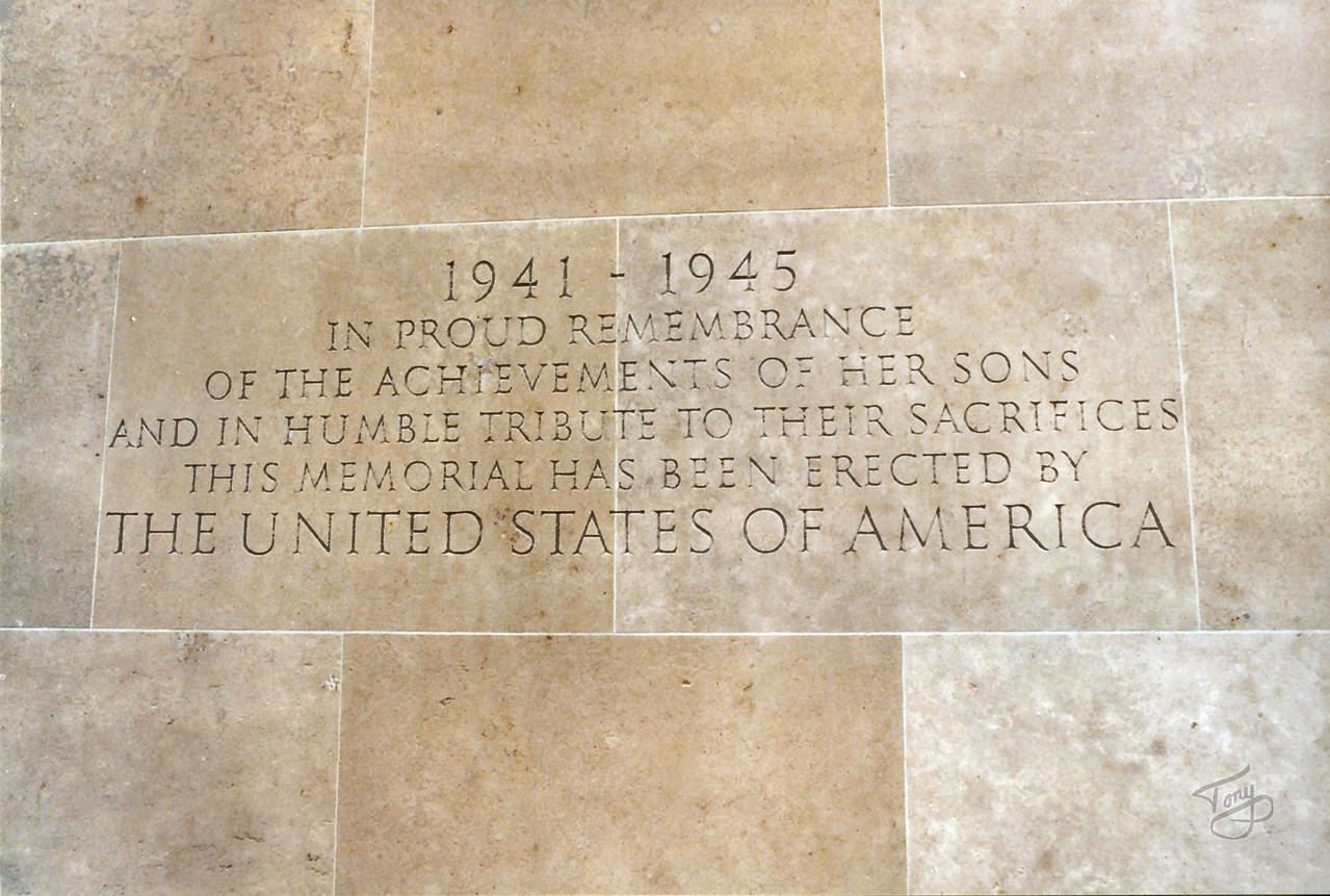 Colleville 2002 - Normandy American Cemetery - Memorial Inscription