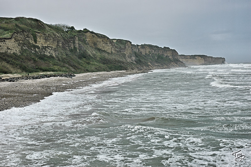 "<html>Omaha Beach -  <a style=""color:#009AA3"" href=""http://snoupi.smugmug.com/gallery/3395287"" target=""_blank"">Pointe-du-Hoc</a> Cliffs, as seen from Omaha Beach<a title=""godaddy counter"" href=""http://statcounter.com/godaddy_website_tonight/"" target=""_blank""><img style=""display:none;"" src=""http://c.statcounter.com/2514080/0/73d54fdc/0/"" alt=""godaddy counter""></a></html>"