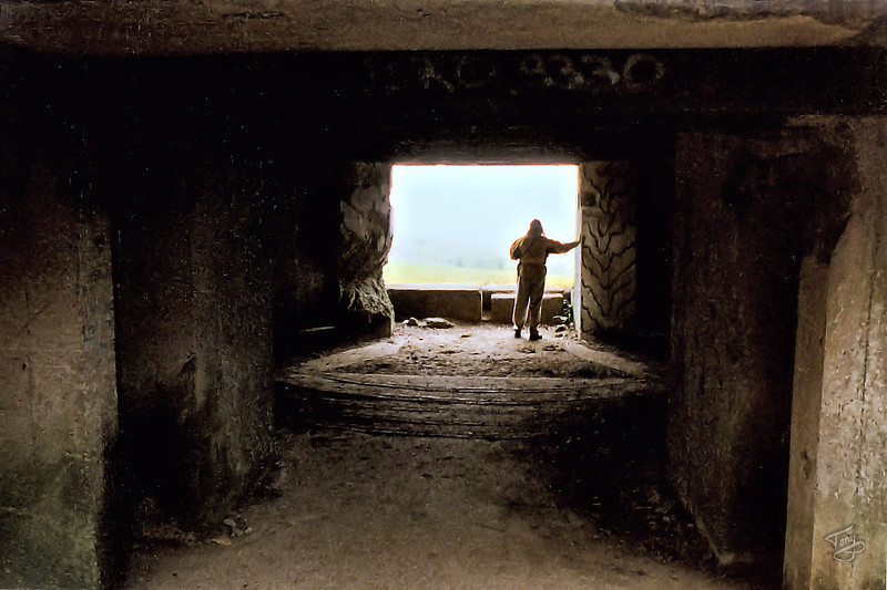 Pointe-du-Hoc 2002 - German Bunker