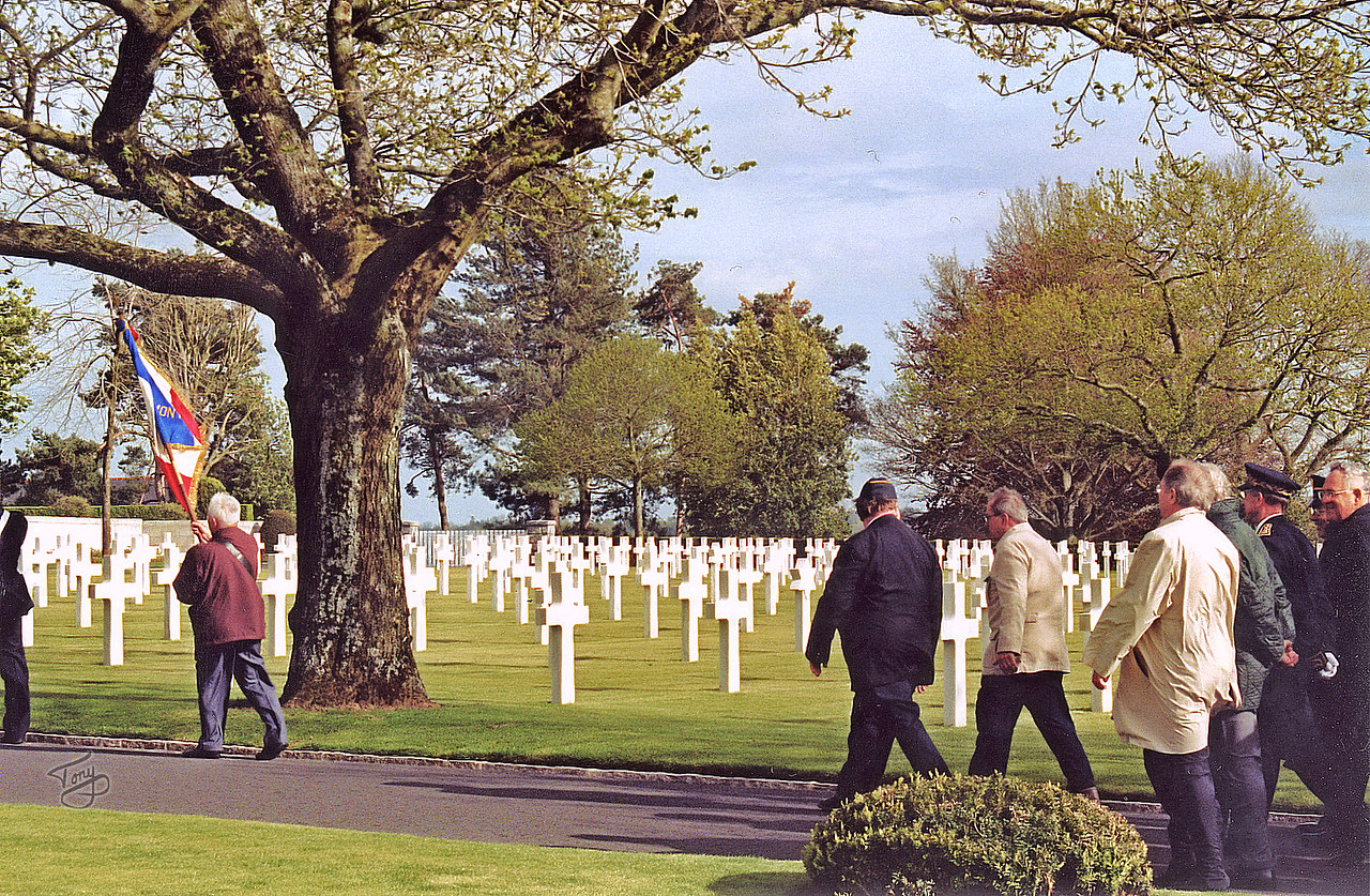 "Brittany American Cemetery 2004 Memorial Day - Procession - Dad and Davis <a title=""godaddy counter"" href=""http://statcounter.com/godaddy_website_tonight/"" target=""_blank""><img style=""display:none;"" src=""http://c.statcounter.com/2514080/0/73d54fdc/0/"" alt=""godaddy counter""></a>"