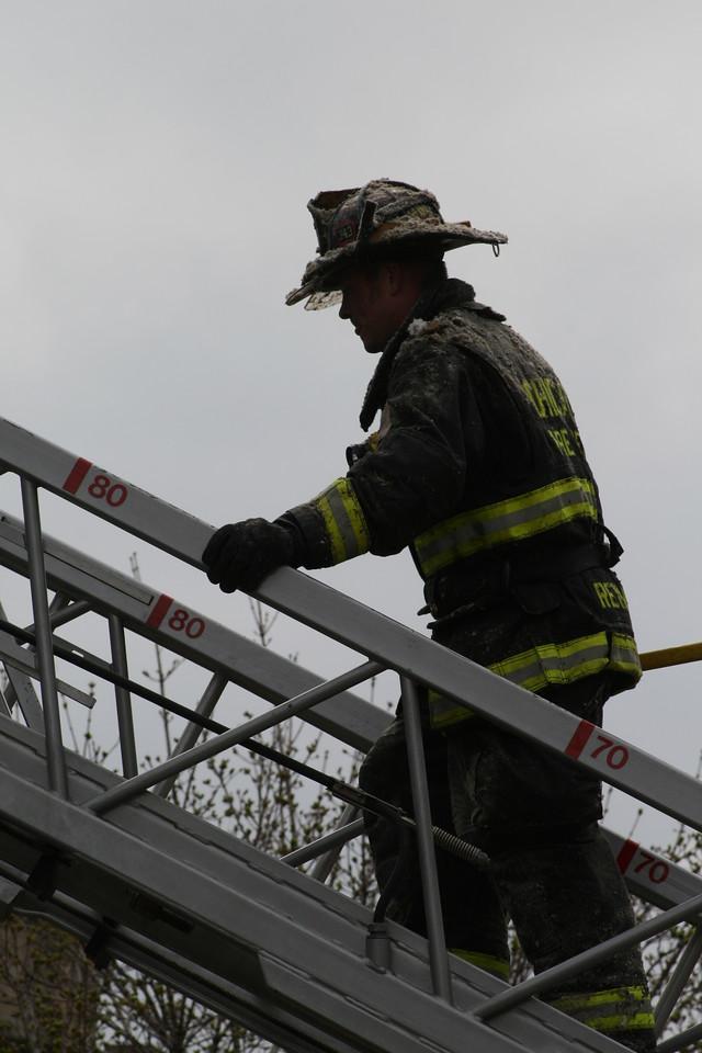 Chicago Fire Department Working Still Alarm Fire 4511 Michigan 359
