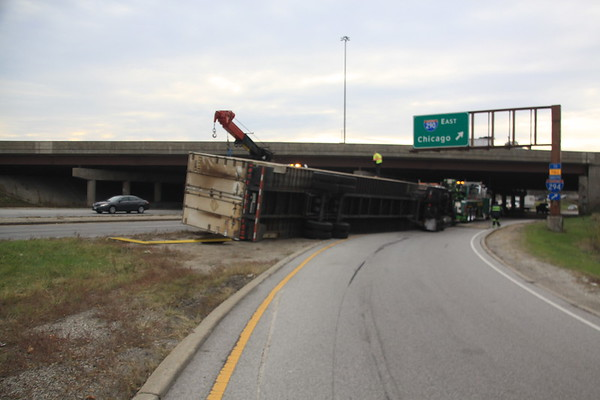 Elmhurst Fire Department Semi Rollover West Bound North Ave Ramp From West Bound I-290