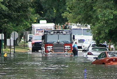 Berkeley Engine #351 Assit With the rescue Of Residents From Westchester After Flash Floods