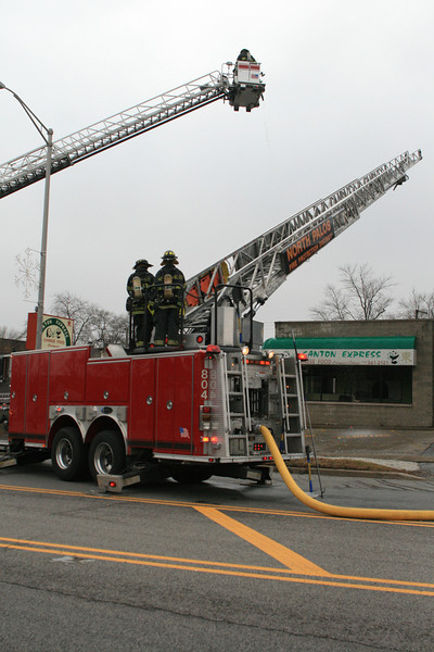 North Palos Fire Department Mabas Box Alarm At 113th and Harlem For the Building Explosion And Fire At the Canton Express Chinese Food Restaurant