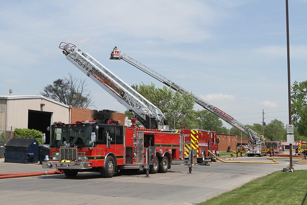 Park Forest Fire Department 3rd Alarm Fire & A Haz-Mat Box Alarm 20 Suth Street Park Forest IL