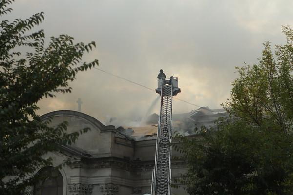 Chicago 3-11 Alarm Church Fire 67th & Woodlawn