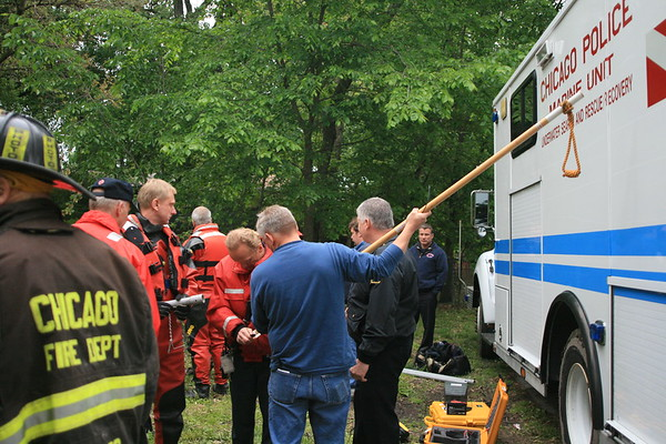 CFD AND LAKE COUNTY SIDE SCAN SONAR TEAM SPEACIAL DUTY CARMAN AND LAWNDALE DIVE RECOVERY FOR 8 YEAR OLD THAT FELL IN RIVER