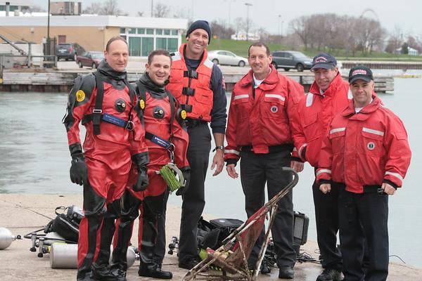 CFD Dive Drill Lake Michigan Battallion 1 CFD Dive Team 687 CFD Special Operations Chief
