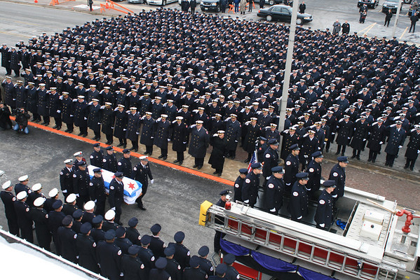 CHICAGO FIRE DEPARTMENT FUNERAL SERVICES FOR FALLEN FIRE FIGHTER EDWARD STRINGER Engine Co # 63 & Truck Co # 16