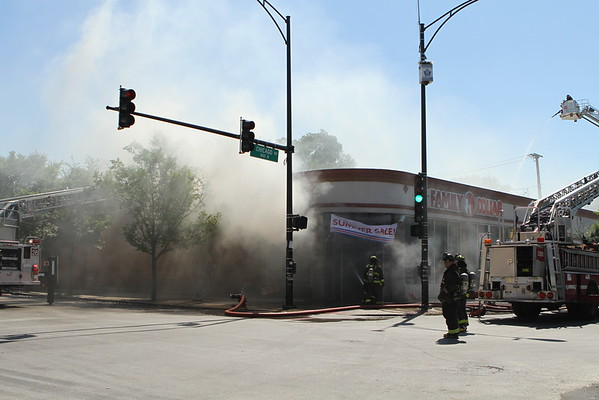 Chicago Fire Department Still & Box Alarm 3401 West Chicago Ave Family Dollar Store
