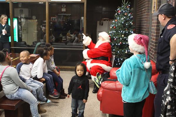 Santa Visits Eng 42