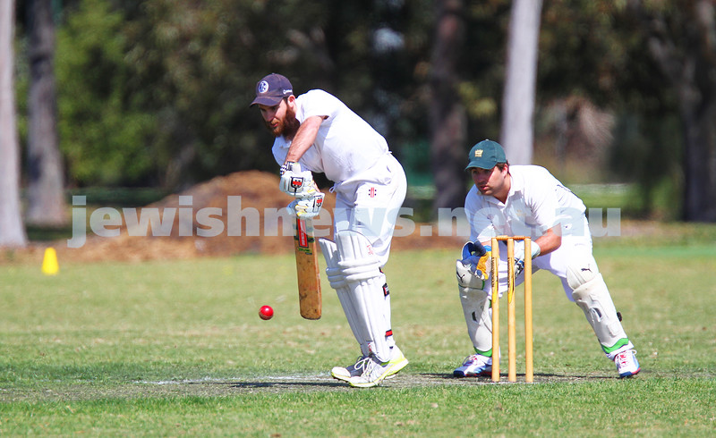 5-10-14. Maccabi AJAX Cricket First XI  5/170 def Power House all out 120 at David Mandie Oval. Mark Shnider 102 not out. Yossi Herbst 5/33. Eli Adelist batting. Photo: Peter Haskin