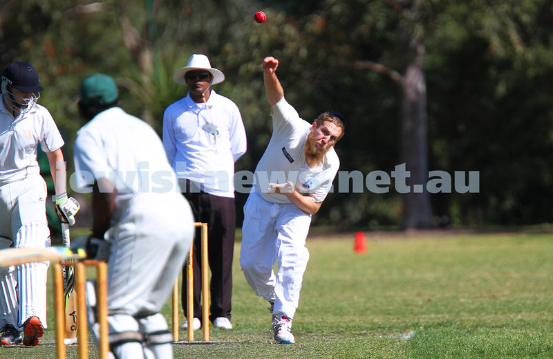 5-10-14. Maccabi AJAX Cricket First XI  5/170 def Power House all out 120 at David Mandie Oval. Mark Shnider 102 not out. Yossi Herbst 5/33. Yossi Herbst bowling. Photo: Peter Haskin