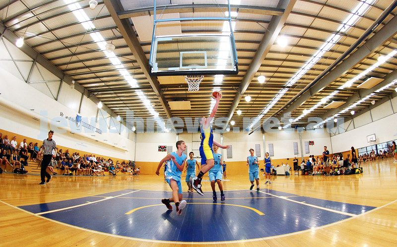 11-10-15. Maccabi Australia 90th Anniversary Insterstate Challenge. Bialik College. Victoria v NSW. U16 Boys Basketball. Photo: Peter Haskin
