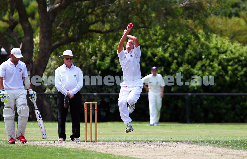 15-2-15. Maccabi Cricket First XI v Emmanual South Oakleigh. Photo: Peter Haskin