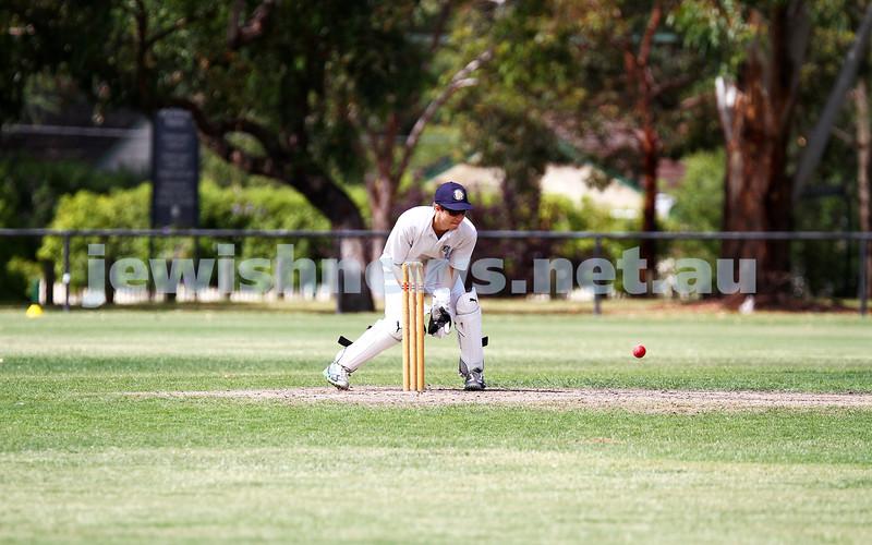 15-2-15. Maccabi Cricket First XI v Emmanual South Oakleigh. Ben Machlin. Photo: Peter Haskin
