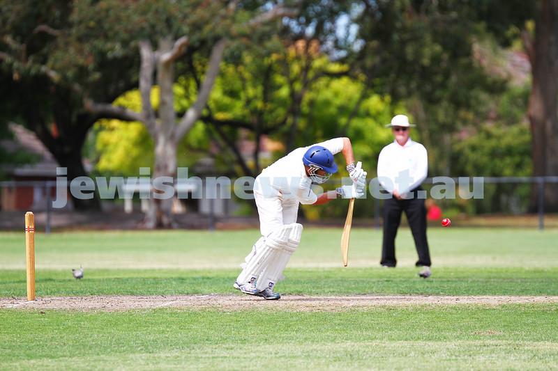 15-2-15. Maccabi Cricket First XI v Emmanual South Oakleigh. Josh Sacks. Photo: Peter Haskin