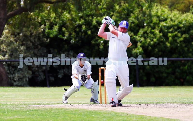 15-2-15. Maccabi Cricket First XI v Emmanual South Oakleigh. Wicket keeper Ben Machlin. Photo: Peter Haskin