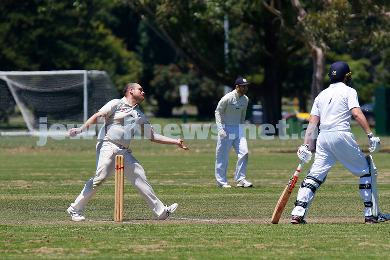 10-1-21. Maccabi cricket first XI v Old Camberwell Grammarians at Albert Park. Mark Soffer bowling for a hat trick. . Photo: Peter Haskin