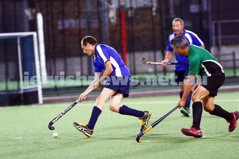 29-2-16. Maccabi Hockey veterans defeated Power House 3-2 in the 2015/16 Summer season grand final. Gary Beville. Photo: Peter Haskin