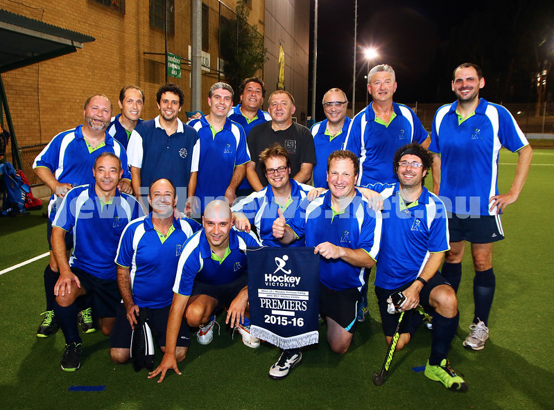 29-2-16. Maccabi Hockey veterans defeated Power House 3-2 in the Summer season grand final. Photo: Peter Haskin