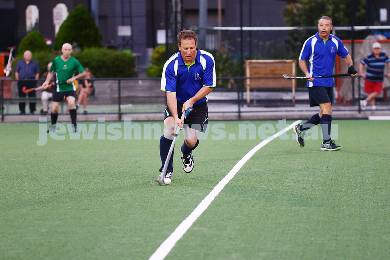 29-2-16. Maccabi Hockey veterans defeated Power House 3-2 in the 2015/16 Summer season grand final. Danny Grunfeld. Photo: Peter Haskin