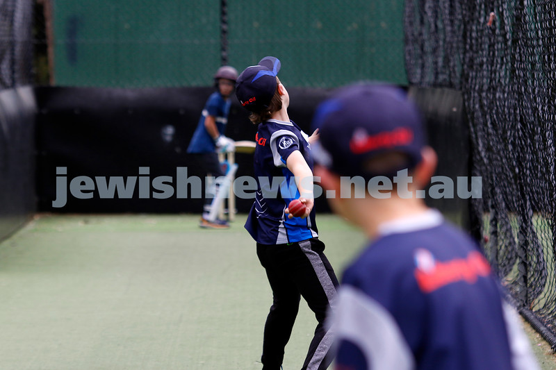 1-11-20. Maccabi Ajax Junior Cricket Club. Training finally resumes for the junior Under 13 squads at Caulfield Park.  Photo: Peter Haskin