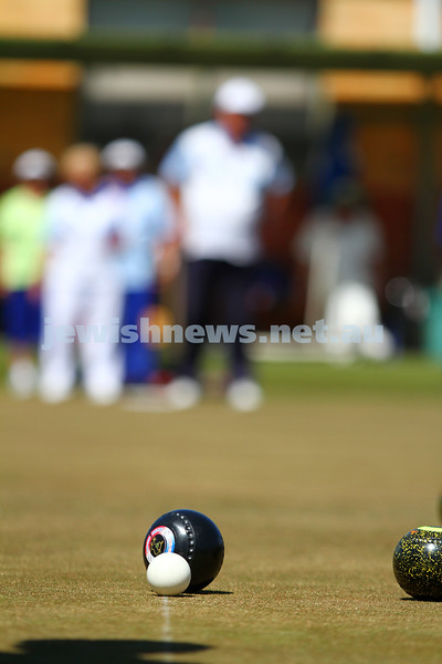 12-10-14. Season opening of the Maccabi Ajax Lawn Bowls Club. Caulfield Park Bowls. Photo: Peter Haskin.