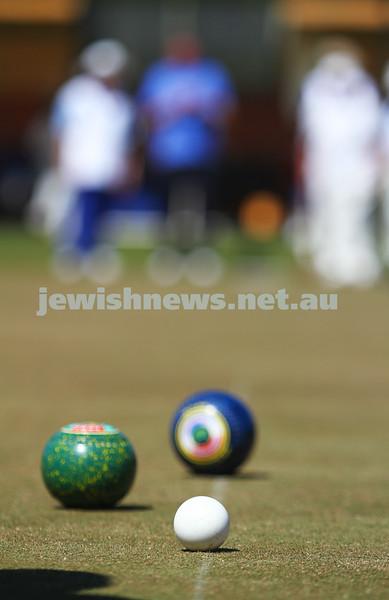 12-10-14. Season opening of the Maccabi Ajax Lawn Bowls Club. Caulfield Park Bowls. Photo: Peter Haskin.