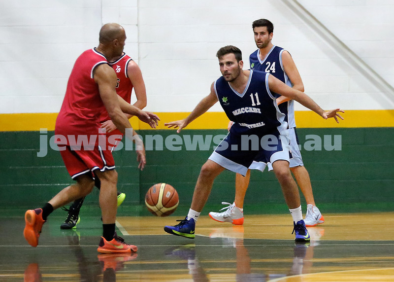 Basketball - Maccabi Kings vs Throwback Cheetahs. Kings lost 62 -32. Desi Kohn & Ricky Clennar in defense.