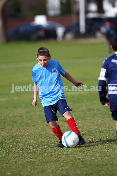 7-6-15. Maccabi U 11 Hawks V Waverley.  Photo: Peter Haskin