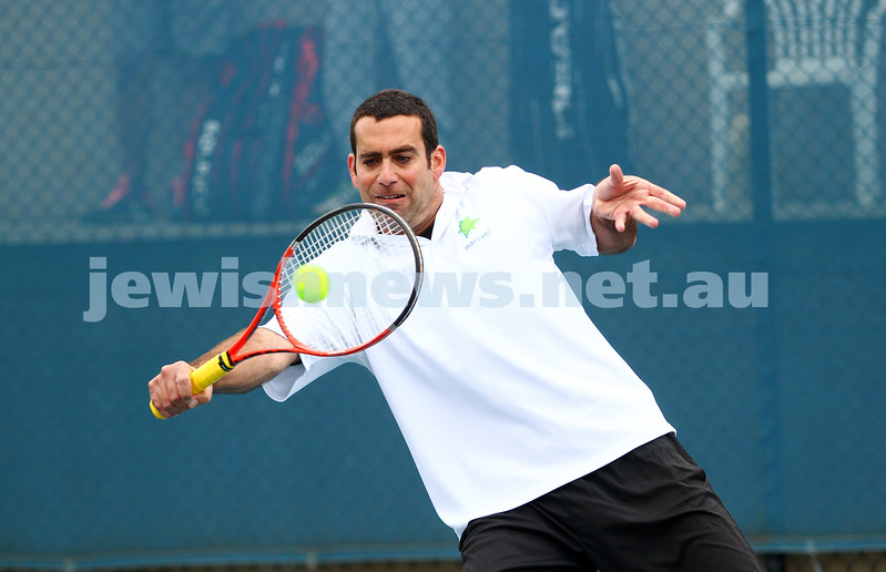 29-8-15. Maccabi Tennis. Semi final played at the Leon Haskin.  Asaf Nagar . Photo: Peter Haskin