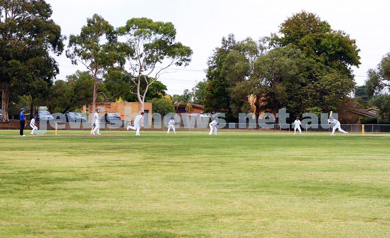 13-3-16. Maccabi U 15 cricket grand final day 1 at Pinewood Oval. Photo: Peter Haskin