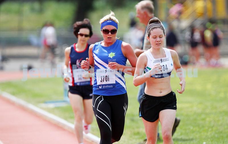 25-10-14. Maccabi athletics. Athletics Victoria Shield. Knox Athletics Track. Amanda Kramer, 1500 mtrs. Photo: Peter Haskin