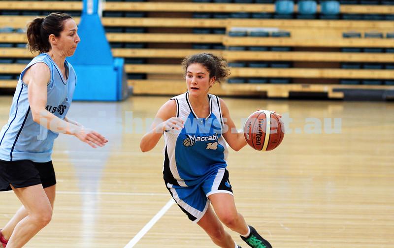 11-5-14. Maccabi Women Basketball. B Grade Warriors Gold def Albatross 22 - 10.  Photo: Peter Haskin