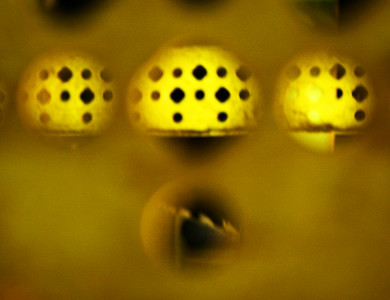 Yellow Grating
