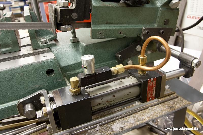 Bandsaw Hydraulics