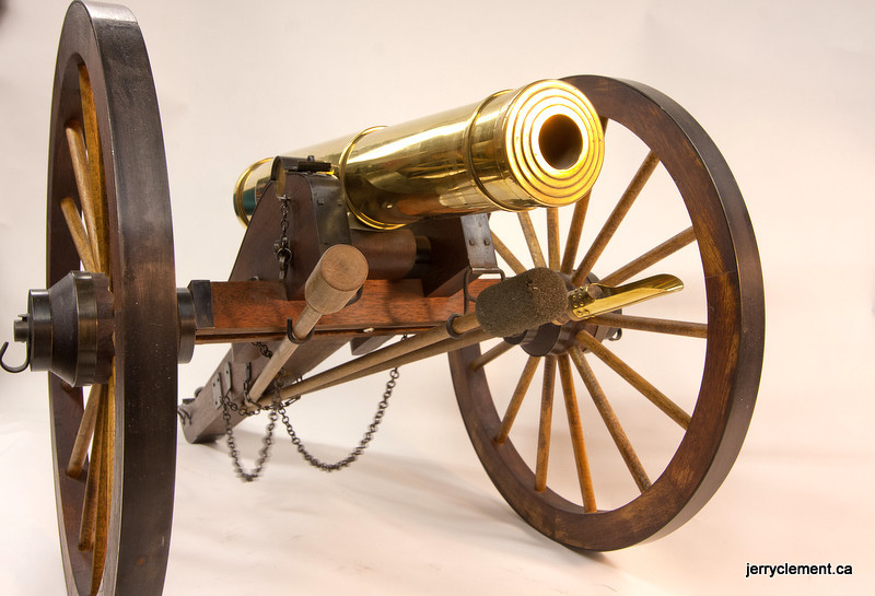 Scale Model 24 PDR Field Howitzer